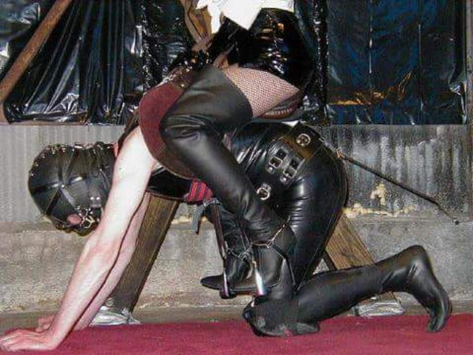 Dominant bdsm couple