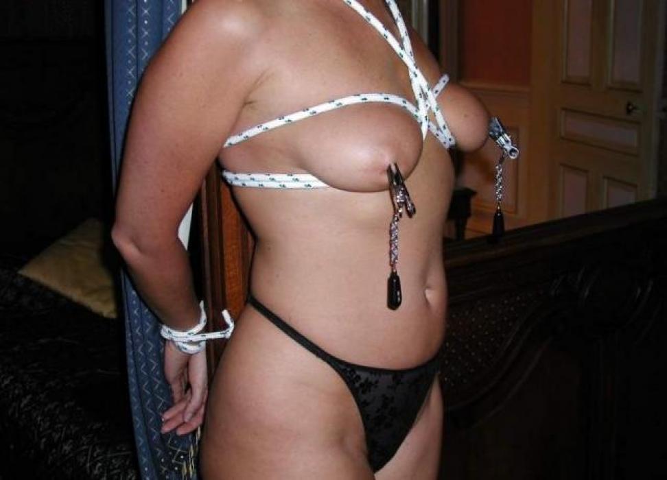 Femme cherche esclave